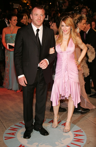 Metallic Shoe「Vanity Fair Oscar Party」:写真・画像(2)[壁紙.com]