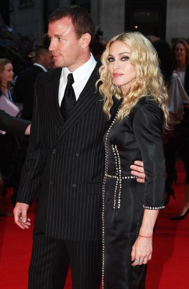 Husband「RocknRolla - World Film Premiere - Arrivals」:写真・画像(4)[壁紙.com]