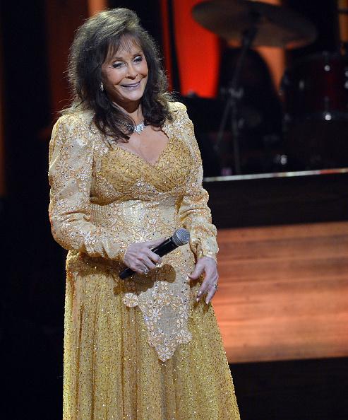 Rick Diamond「Loretta Lynn Celebrates Her 50th Anniversary With The Grand Ole Opry - Show」:写真・画像(13)[壁紙.com]