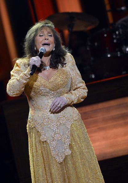 Rick Diamond「Loretta Lynn Celebrates Her 50th Anniversary With The Grand Ole Opry - Show」:写真・画像(10)[壁紙.com]