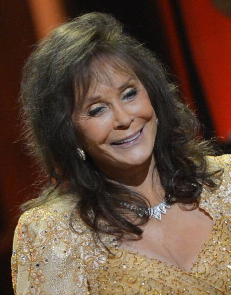 Rick Diamond「Loretta Lynn Celebrates Her 50th Anniversary With The Grand Ole Opry - Show」:写真・画像(12)[壁紙.com]