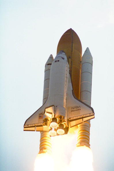 NASA Kennedy Space Center「Space Shuttle Discovery liftoff」:写真・画像(14)[壁紙.com]