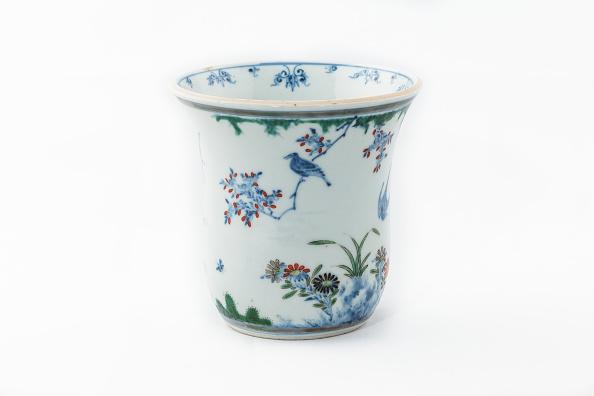 イネ科「Beaker With Underglaze Blue Birds Grasses And Flowers 1660-1677」:写真・画像(16)[壁紙.com]