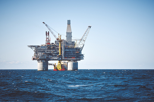 Offshore Platform「Oil rig sea」:スマホ壁紙(12)