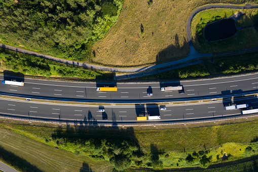 Drone Point of View「Multiple Lane Highway with Semi Trucks from Above」:スマホ壁紙(14)