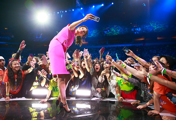 UNICEF「Jennifer Lopez, Selena Gomez, Orlando Bloom, Nick Jonas, Macklemore And Ryan Lewis Come Together At We Day Vancouver To Inspire Young People To Change The World」:写真・画像(19)[壁紙.com]