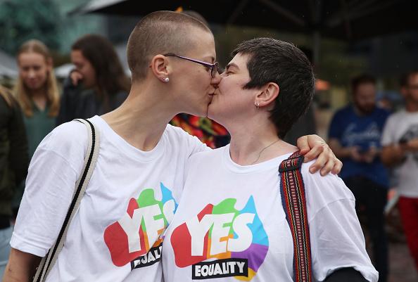 オーストラリア「Australians React As Parliament Legalises Gay Marriage」:写真・画像(12)[壁紙.com]
