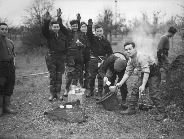 Cooking Utensil「Nazi Salute」:写真・画像(13)[壁紙.com]