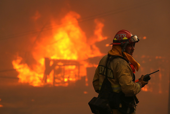 Firefighter「Mendocino-Complex Fire Scorches 70,000 Acres In Northern California」:写真・画像(17)[壁紙.com]