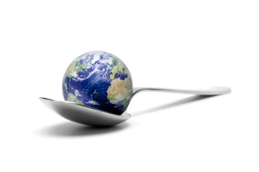 Digital Composite「Earth on spoon XXXL」:スマホ壁紙(0)