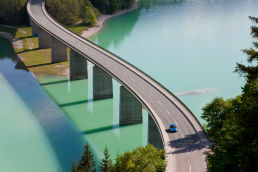 Journey「Sylvenstein Lake and Bridge Bavaria, Germany」:スマホ壁紙(9)