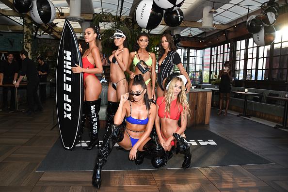 Seasoning「White Fox Boutique Swimwear Launch Of 100% Salty」:写真・画像(19)[壁紙.com]