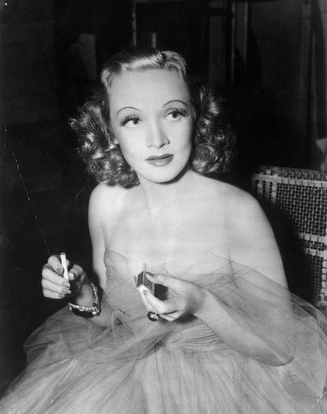 Marlene Dietrich「Marlene Dietrich」:写真・画像(2)[壁紙.com]