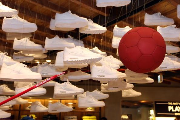 Marcus Tulio Tanaka「Nike (RED) Event at NikeTown Tokyo」:写真・画像(18)[壁紙.com]