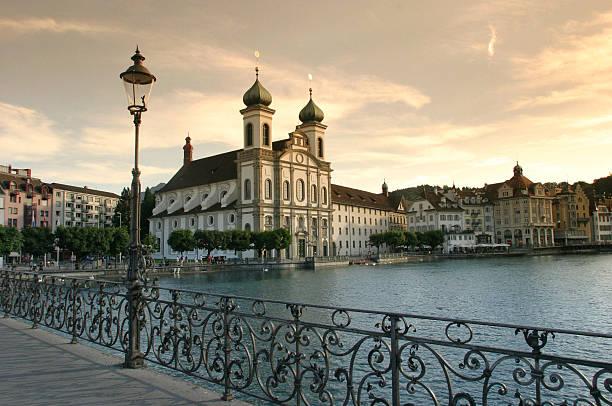 Baroque Cathedral On Luzern Waterfront:スマホ壁紙(壁紙.com)