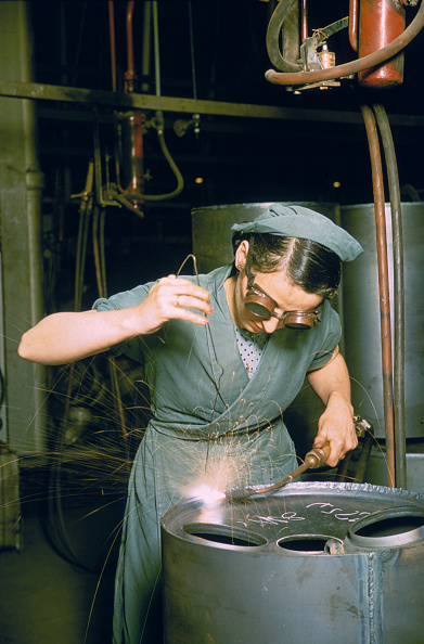 One Woman Only「Wartime Welder」:写真・画像(9)[壁紙.com]