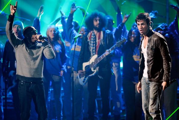Enrique Iglesias - Singer「2011 American Music Awards - Show」:写真・画像(16)[壁紙.com]