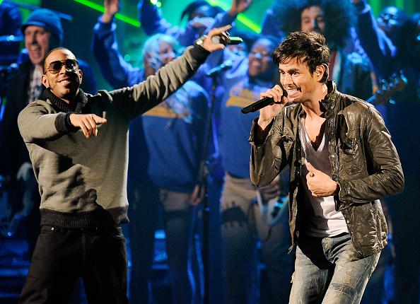 Enrique Iglesias - Singer「2011 American Music Awards - Show」:写真・画像(15)[壁紙.com]