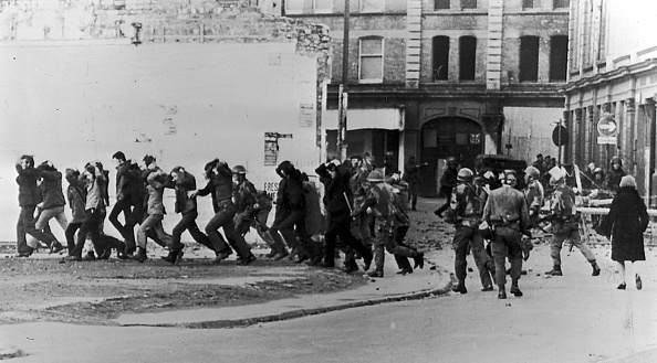 "Ireland「30th Anniversary of ""Bloody Sunday"" in Derry」:写真・画像(14)[壁紙.com]"