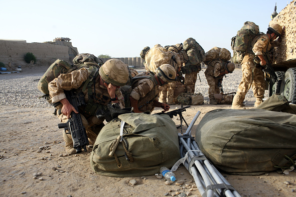 CH-47 Chinook「British Paratroopers Injured On Patrol By Friendly Fire Incident」:写真・画像(13)[壁紙.com]