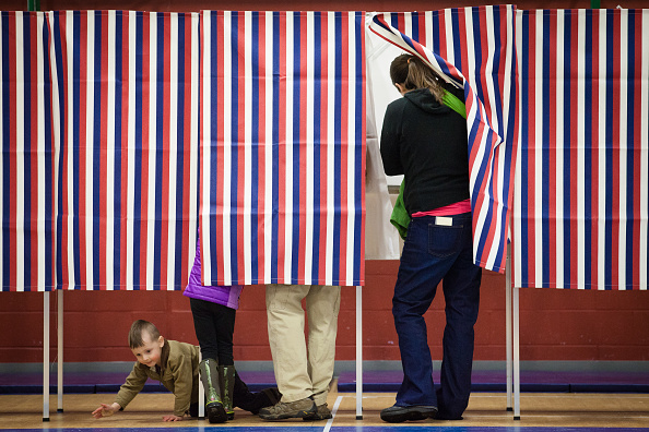 """Crawling「New Hampshire Voters Head To The Polls For State's """"First In The Nation"""" Primary」:写真・画像(9)[壁紙.com]"""