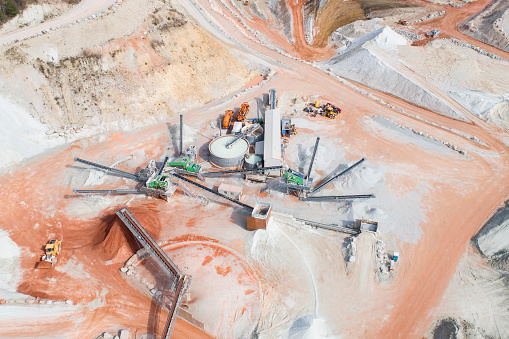 Heavy「Large gravel and quartzite quarry, machinery - aerial view」:スマホ壁紙(5)