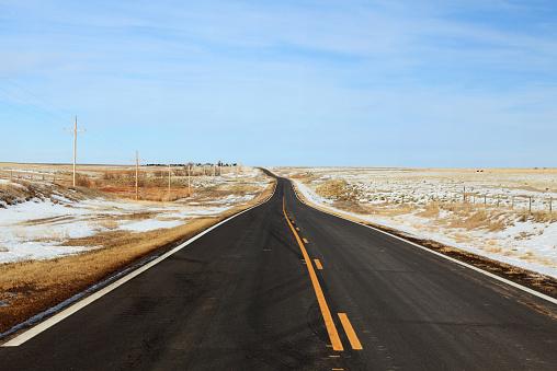 Dividing Line - Road Marking「winter country road」:スマホ壁紙(18)