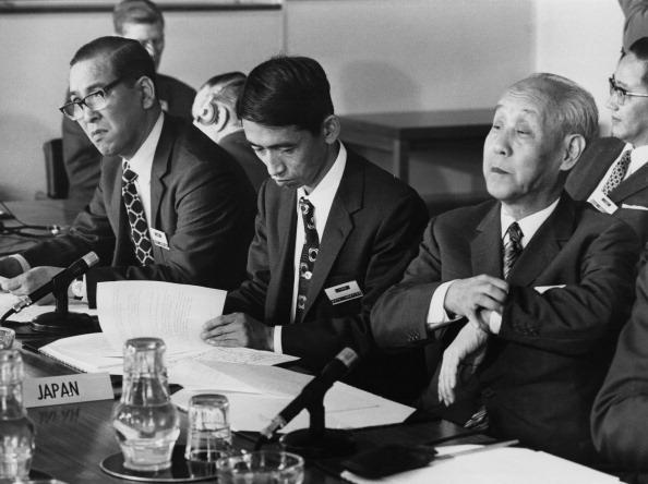 Only Men「Whaling Commission Delegates」:写真・画像(15)[壁紙.com]