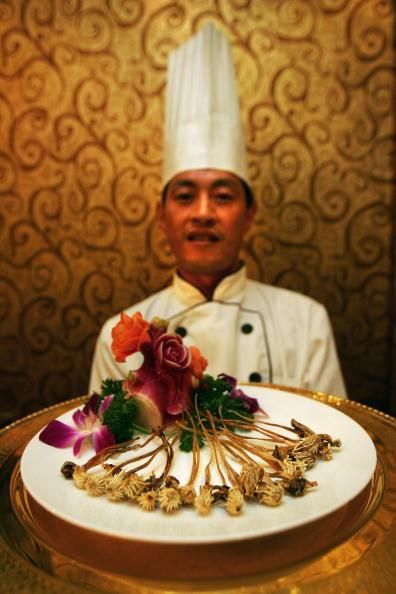 Snake「Scenes From The Guolizhuang Penis Restaurant」:写真・画像(19)[壁紙.com]