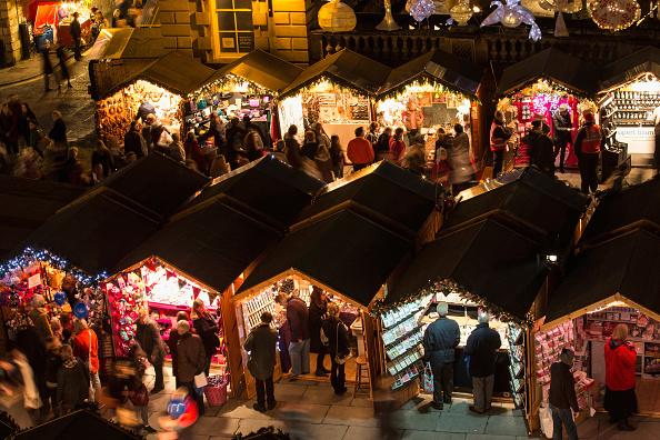 Christmas Market「Traditional Christmas Market Opens In Bath」:写真・画像(4)[壁紙.com]