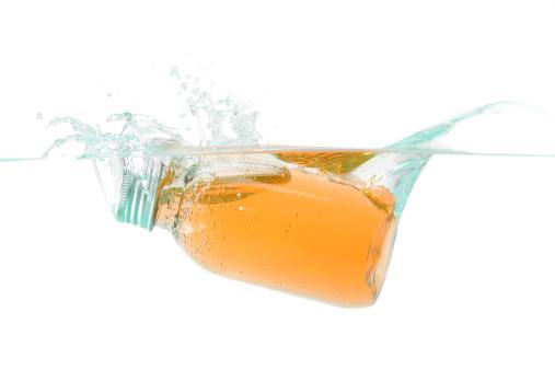 Aromatherapy Oil「Soap bottle splash in the water」:スマホ壁紙(9)