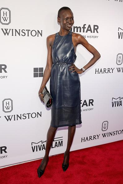 Clutch Bag「2015 amfAR Inspiration Gala New York - Arrivals」:写真・画像(5)[壁紙.com]