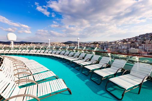 Cruise - Vacation「Cruise ship lounge chairs」:スマホ壁紙(0)
