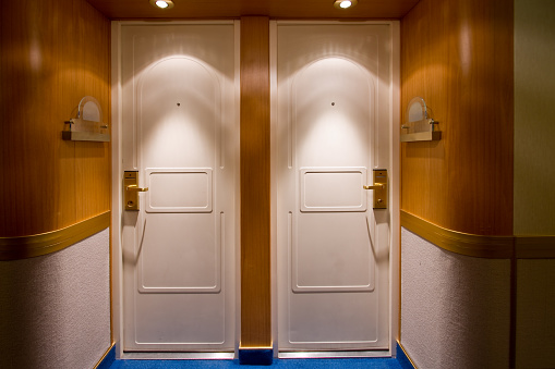 Cruise Ship「Cruise Ship Doors」:スマホ壁紙(18)