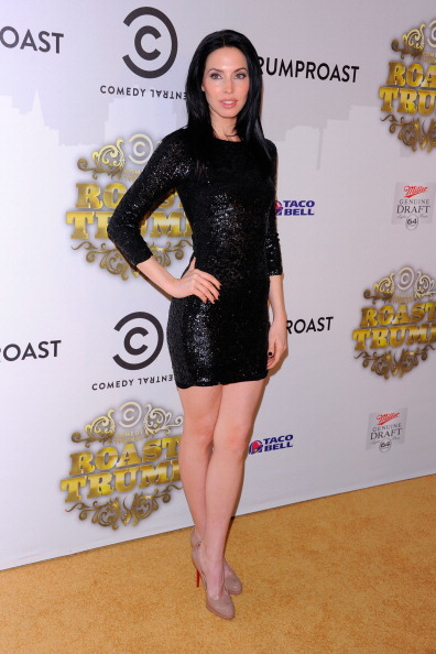 Whitney Cummings「Comedy Central Roast Of Donald Trump - Arrivals」:写真・画像(6)[壁紙.com]