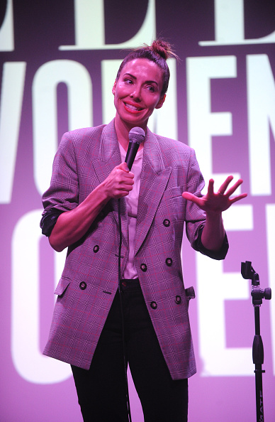 Whitney Cummings「ELLE Hosts Women In Comedy Event With July Cover Star Kate McKinnon」:写真・画像(8)[壁紙.com]