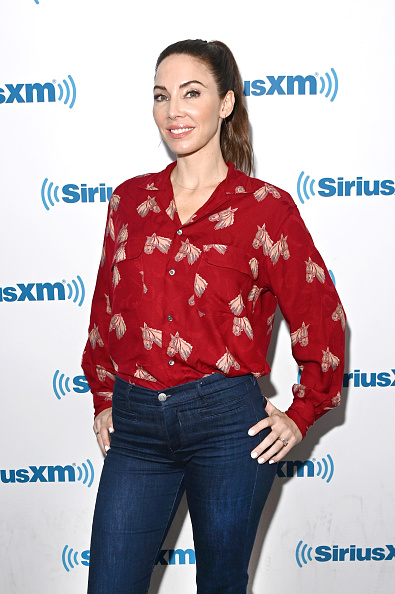 Whitney Cummings「Celebrities Visit SiriusXM - August 7, 2019」:写真・画像(3)[壁紙.com]