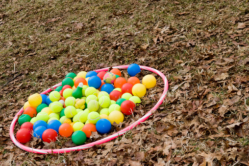 Plastic Hoop「Balls in Hoop」:スマホ壁紙(16)
