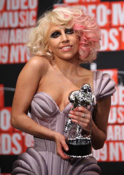 Pink Hair「2009 MTV Video Music Awards - Press Room」:写真・画像(8)[壁紙.com]