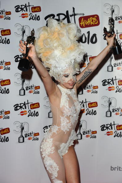 Nude Colored「The Brit Awards - Winners Boards」:写真・画像(17)[壁紙.com]