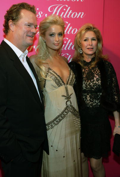 Rick Diamond「Paris Hilton Fragrance Launch」:写真・画像(8)[壁紙.com]