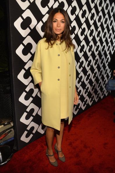 Yellow Coat「Diane Von Furstenberg's Journey Of A Dress Exhibition Opening Celebration - Red Carpet」:写真・画像(17)[壁紙.com]