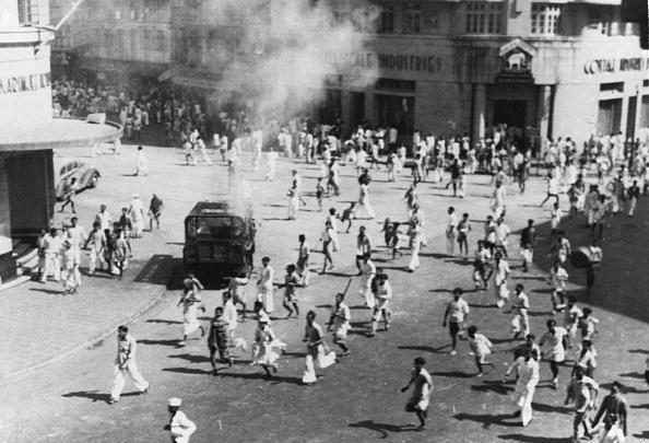 Mumbai「Rioting In Bombay」:写真・画像(14)[壁紙.com]