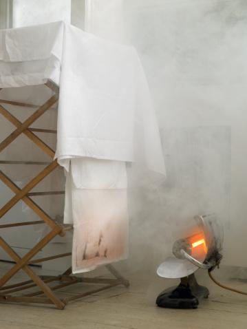 Electric Heater「Electric heater starting fire」:スマホ壁紙(9)