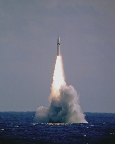 Military「Missile exiting the water」:スマホ壁紙(16)