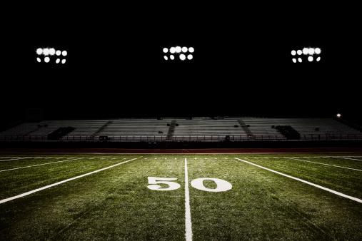 Night view「Fifty-yard line of football field at night」:スマホ壁紙(19)