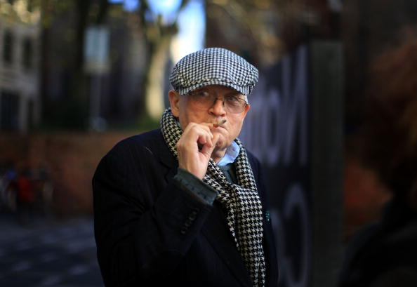 Smoking - Activity「David Hockney Visits The New Nottingham Contemporary Gallery」:写真・画像(16)[壁紙.com]