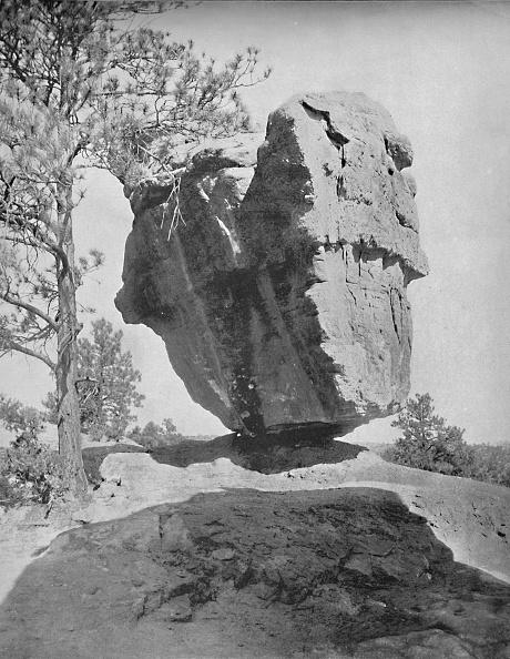 Balance「Balanced Rock」:写真・画像(7)[壁紙.com]