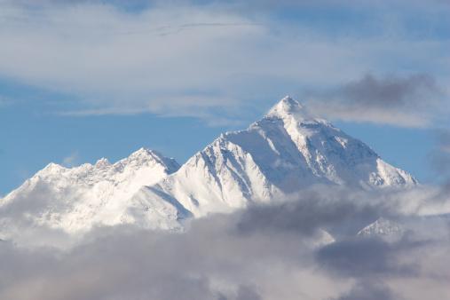 エベレスト山「エベレスト山、チベットのサイド。」:スマホ壁紙(8)