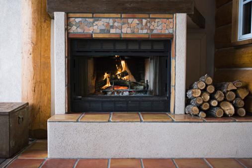 Log「Fireplace」:スマホ壁紙(16)